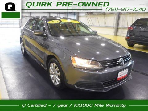 Certified Pre-Owned 2014 Volkswagen Jetta Sedan SE FWD 4dr Car