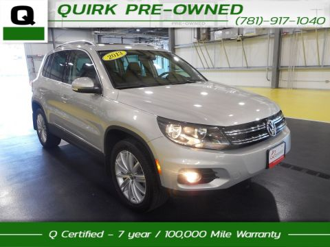 Certified Pre-Owned 2013 Volkswagen Tiguan SE w/Sunroof & Nav AWD With Navigation & 4WD